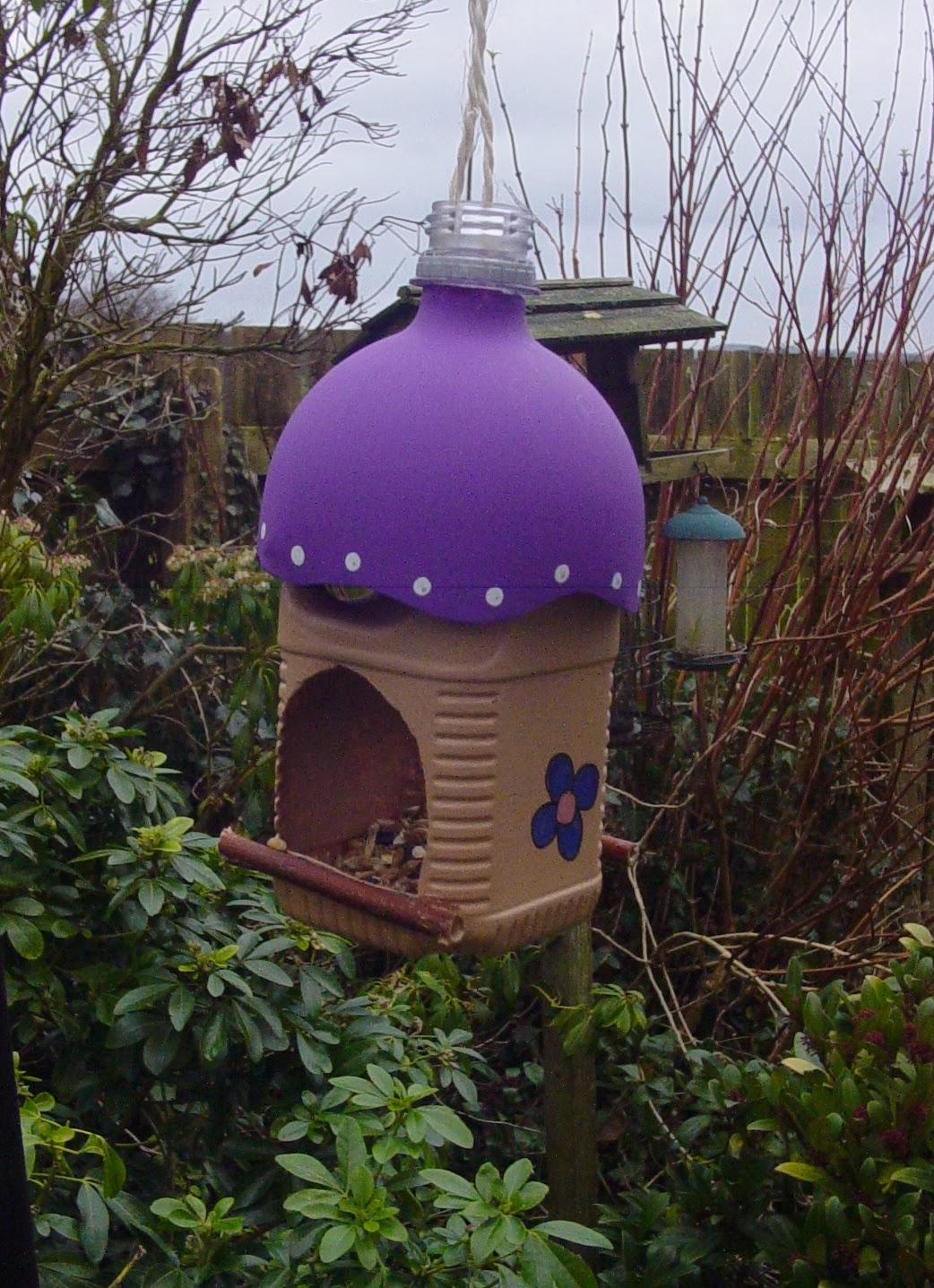 My Crafty Diversions Milk Bottle Bird Feeder