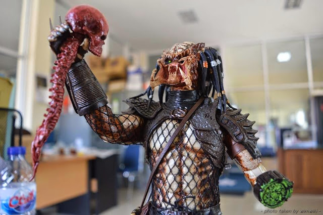 action figure hot toys collectibles predator