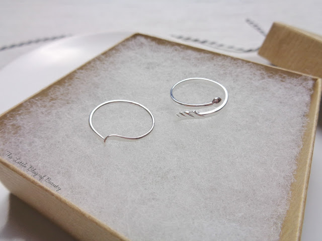 jewellerybox.co.uk Heart & Arrow adjustable midi ring & Stacking ring with single twist