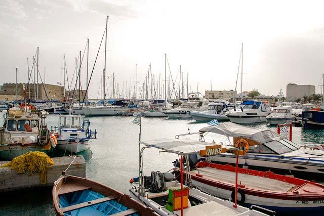 Girit Adası'nda Venedik Kalesi mutlaka ziyaret edilmesi gereken yerlerden biri.