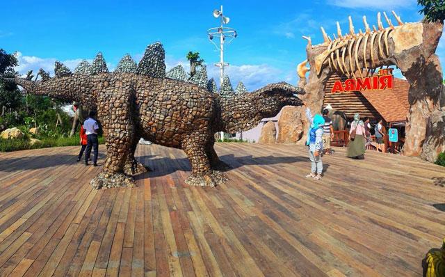 Dino Park Terbesar di Indonesia