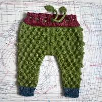 https://laukkumatka.blogspot.com/2019/04/palleropoksyt-baby-gift-bobble-pants.html