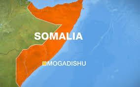 somalia_enoploi_islamistes_katelaban_xenodoxeio_stin_somalia-26-2-16