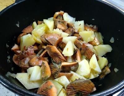 Patatas con niscalos la cocinera novata receta cocina casera guiso vegano vegetarian comfortfood