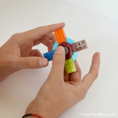 How to make a fidget spinner with legos - easy instructions for how to make a lego fidget spinner