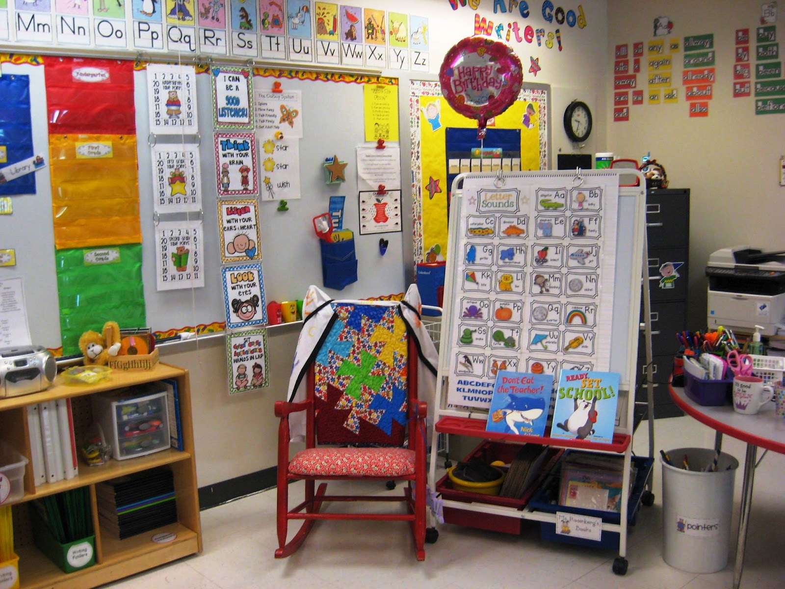 Classroom Ideas Grade 2 ~ Teaching with love and laughter classroom photos