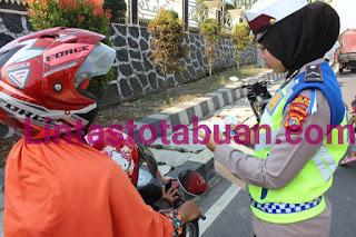 Di Hari Kedua Lampung Barat, Ops Zebra Krakatau 2019 Polres Lambar Berhasil Lakukan 89 Tilang dan 3 Teguran