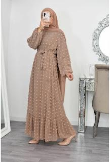 Inspirasi baju lebaran model brukat muslimah