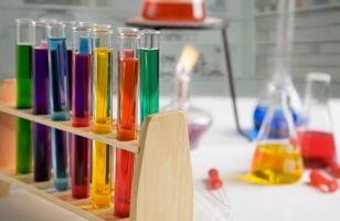 Jurnal Pengembangan dan Validasi Metoda Analisis Zat Pengawet Natrium Benzoat Pada Cabe Giling