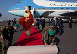 jesus-getting-off-air-force-one-300.jpg