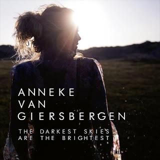"""Ο δίσκος της Anneke """"The Darkest Skies Are The Brightest"""""""