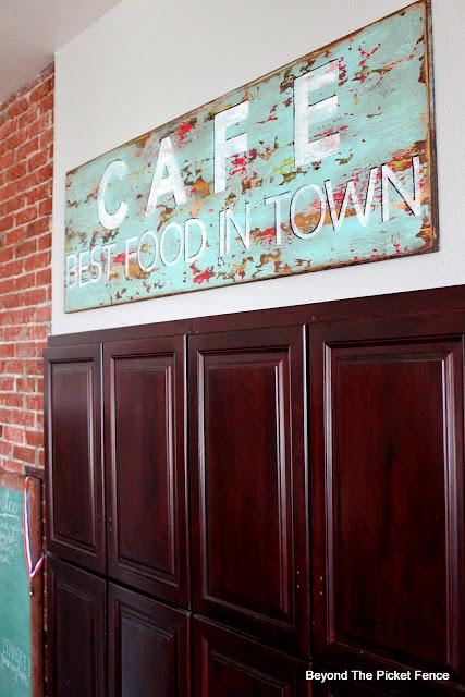 Vintage Style Cafe Sign