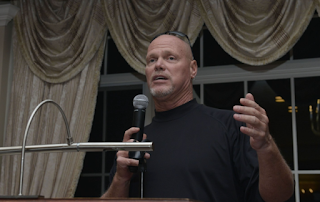 Jim McMahon, Leonard Marshall Say Marijuana Can Help NFL Players