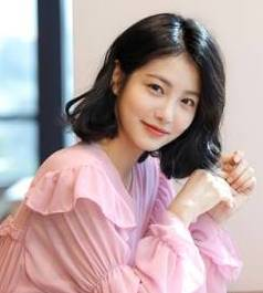 Pemain Meow, the Secret Boy - Shin Ye-Eun pemeran Kim Sol Ah