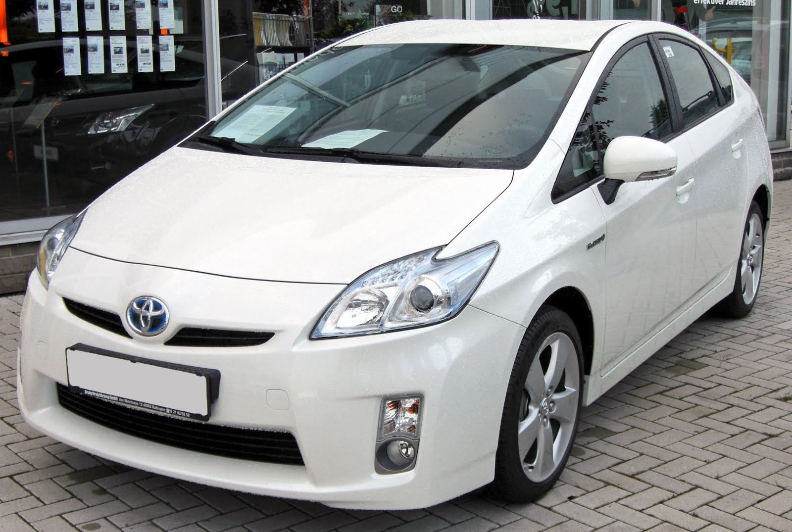 Toyota Prius best-sold vehicle this year in California | Electric