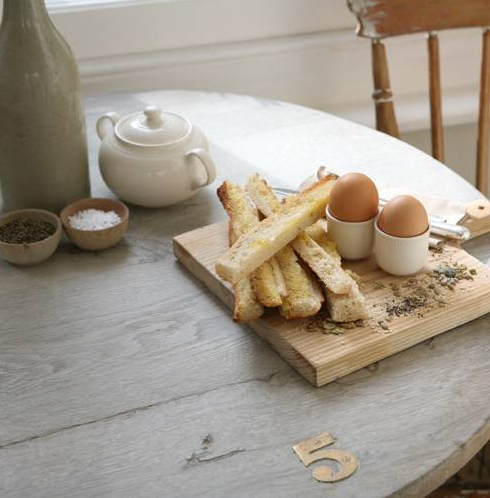 """Dippy Eggs"" - i gigi general store café (uk) as seen on linenandlavendernet - http://www.linenandlavender.net/2014/01/source-sharing-i-gigi-general-store-uk.html"