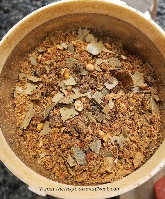 Crushing pickling spice for salt beef, corned beef brisket,  cinnamon, clove, allspice, pepper corns