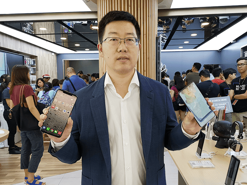 Mr. Li with the new Mate 20 phones