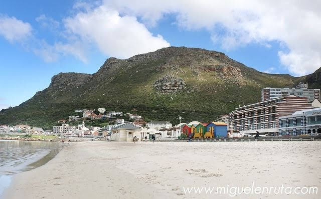 Muizenberg-False-Bay-Sudafrica