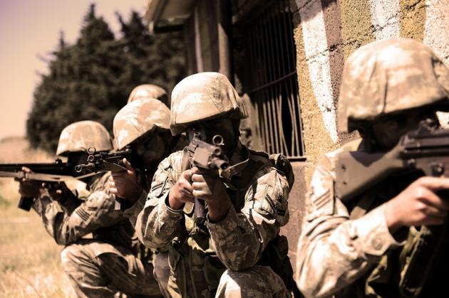 Τουρκία: Απειλεί ευθέως με στρατιωτική δράση - Παραπαίουν οι τουρκικές Ένοπλες Δυνάμεις