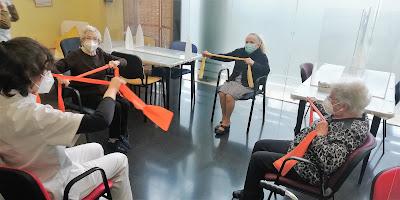 Sessió de fisioteràpia a l'Aviparc
