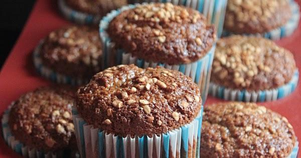 Muffins al Cappuccino con Farina d'Avena e Caviale di Cioccolato