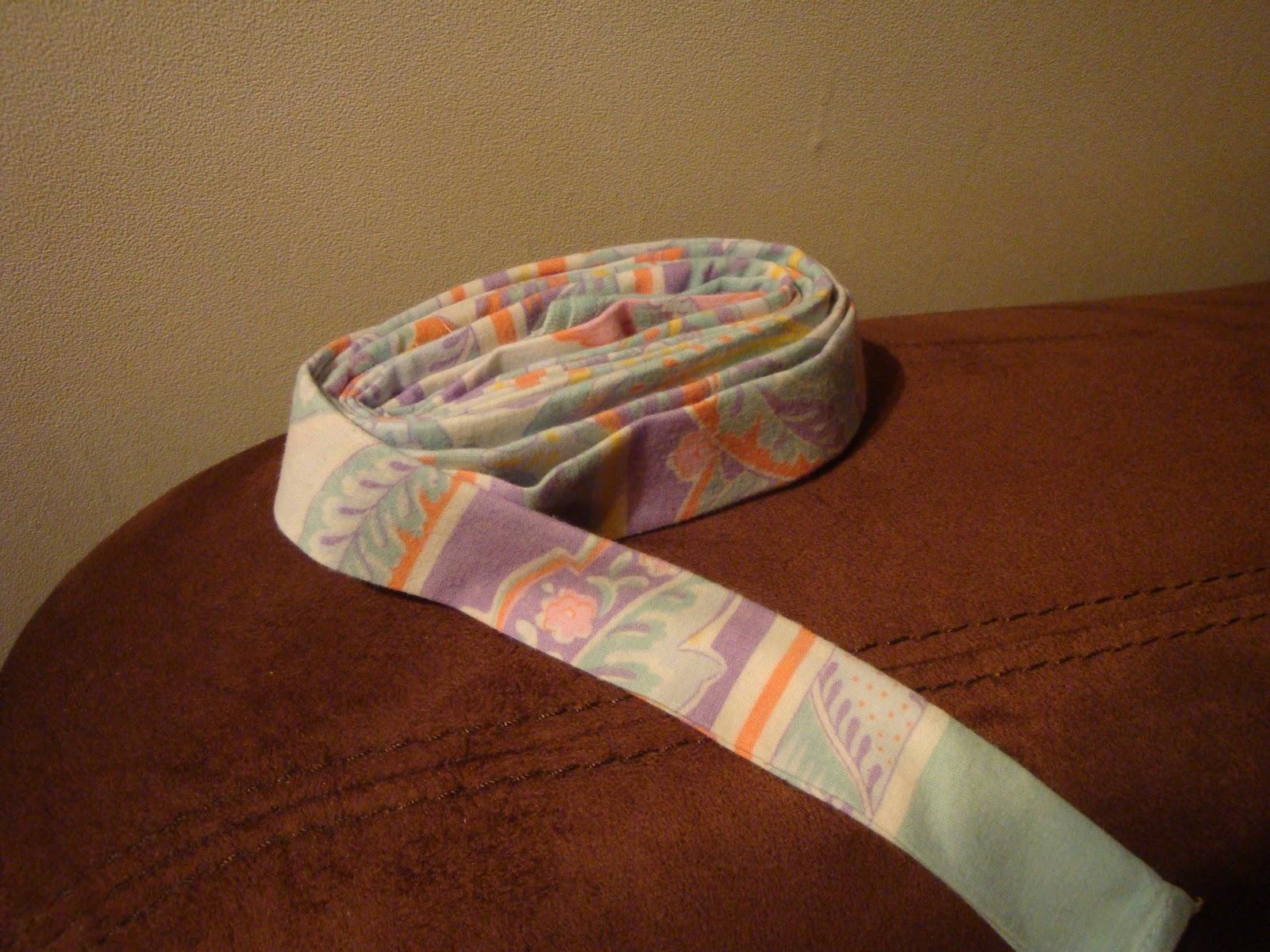 Quel Tissu Pour Chaise les nouvelles croix de symiote: rempaillage de chaise en tissu