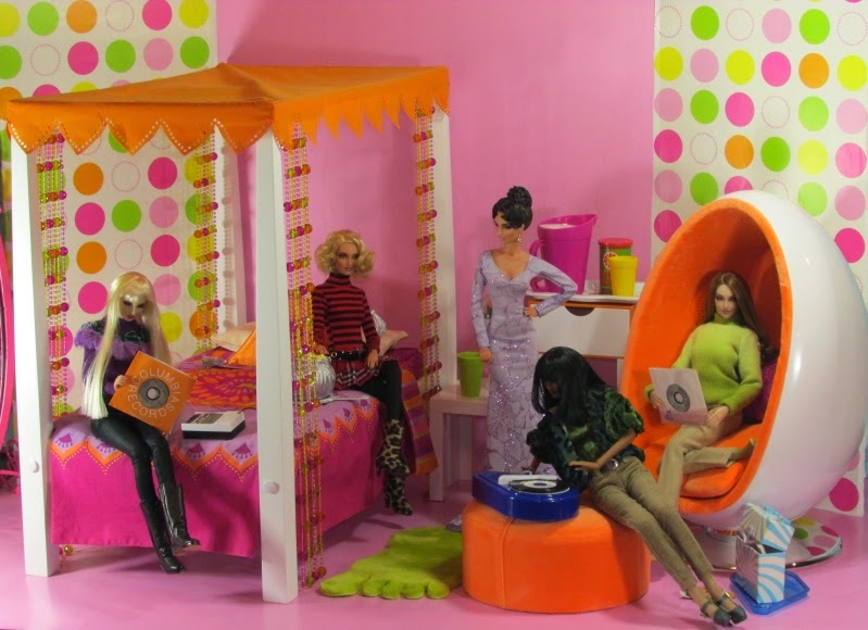 Collecting Fashion Dolls by Terri Gold. Collecting Fashion Dolls by Terri Gold  Not Just For American Girl