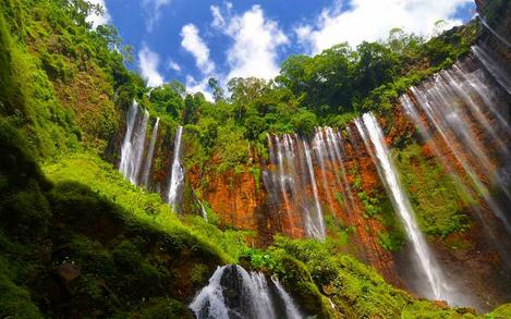 Tempat wisata Air terjun coban sewu lumajang