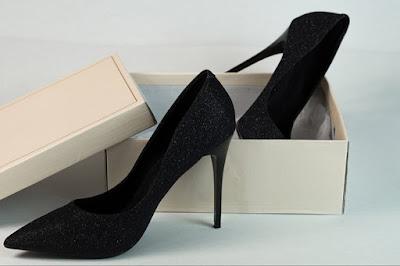 Sepatu Hak Wanita Dari Waktu Ke Waktu