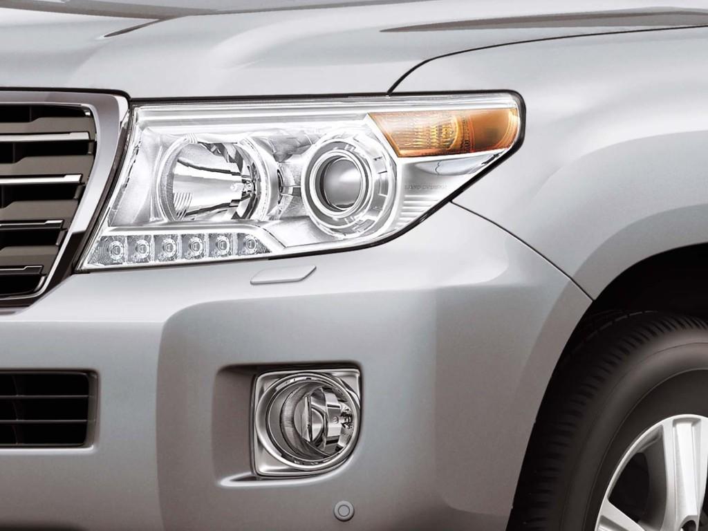 Toyota Motor Philippines Launches 2012 Yaris and Land Cruiser