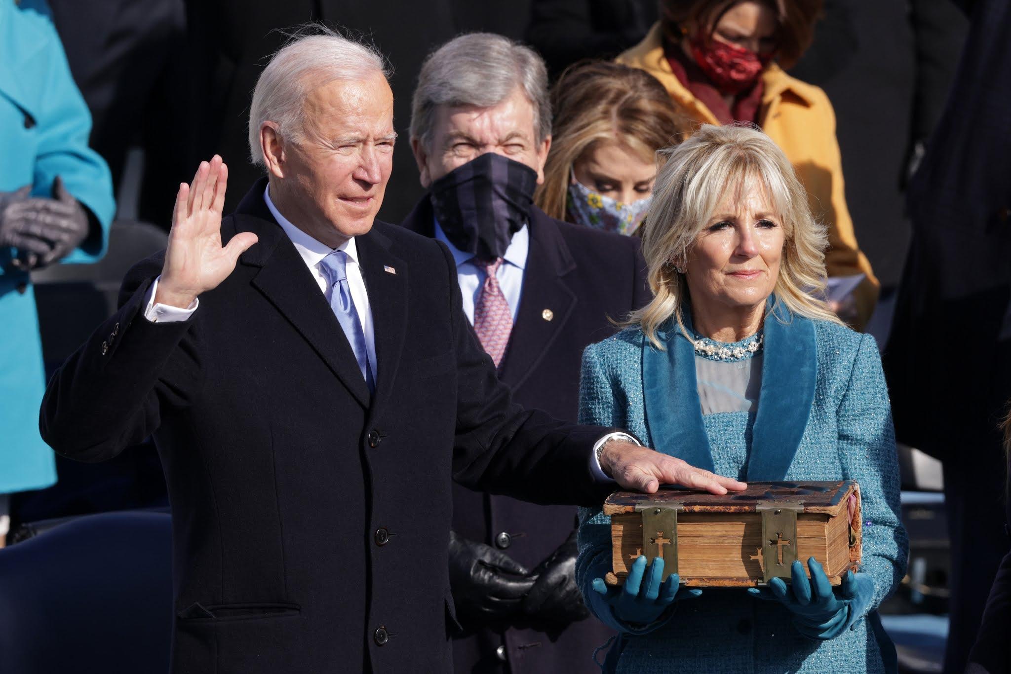 Joe Biden es el flamante 46° presidente de EEUU y Kamala Harris su vicepresidenta