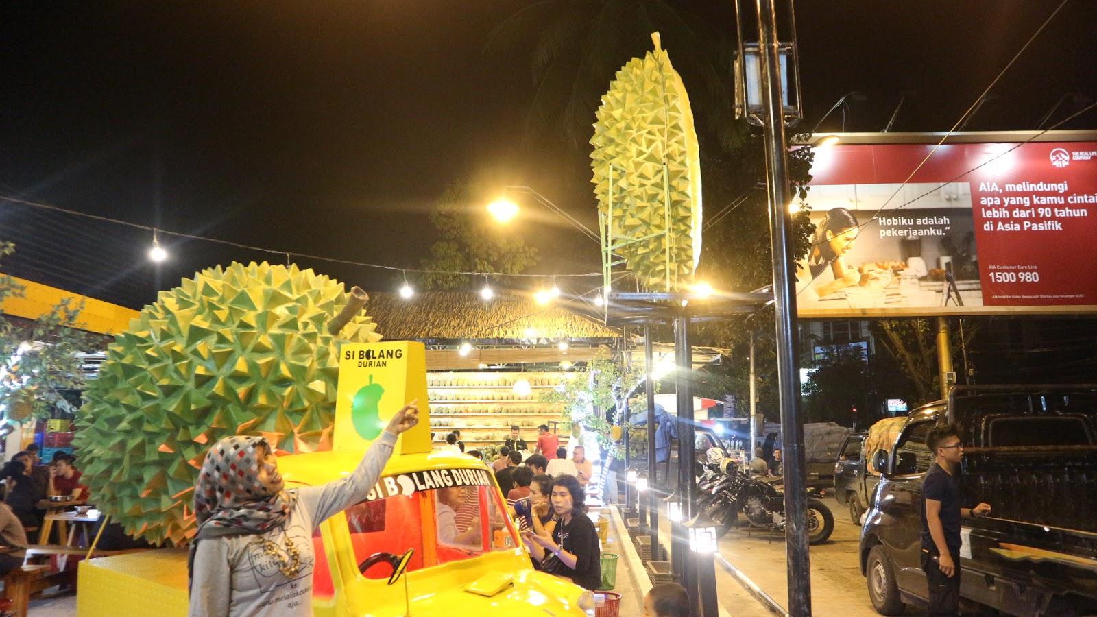 Si Bolang Durian Medan