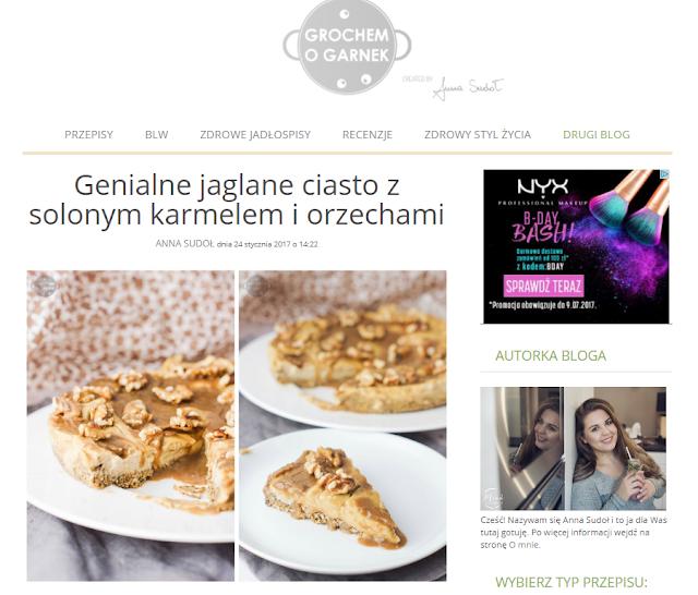 http://www.grochemogarnek.pl/2017/01/jaglane-ciasto-z-solonym-karmelem-i-orzechami-bez-pieczenia/