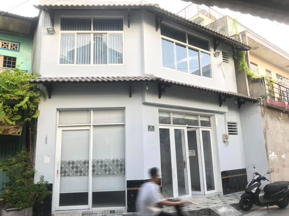 Bán nhà Mặt tiền đường Lê Cảnh Tuân phường Phú Thọ Hòa quận Tân Phú. DT 8x8m