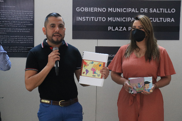 """Exponen ilustraciones del libro """"Tito Reacciona, un Encuentro con la Música de Saltillo"""""""
