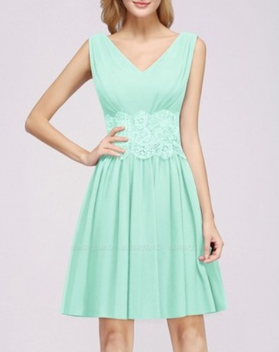 Lace V-Neck Short Bridesmaid Dress– Price: US$ 89.00