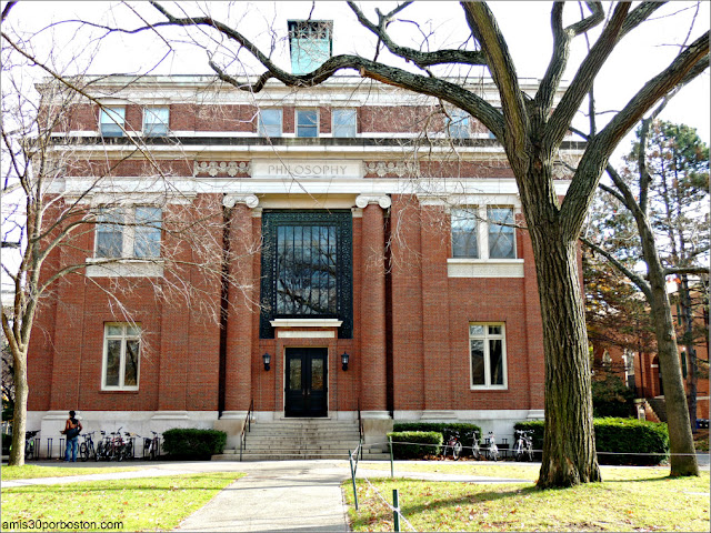 Emerson Hall, Universidad de Harvard