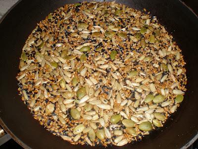 Pan de semillas de Iban Yarza la cocinera novata semillas sesamo lino calabaza girasol amapola sano horno panarra panaderia recetas cocina gastronomia