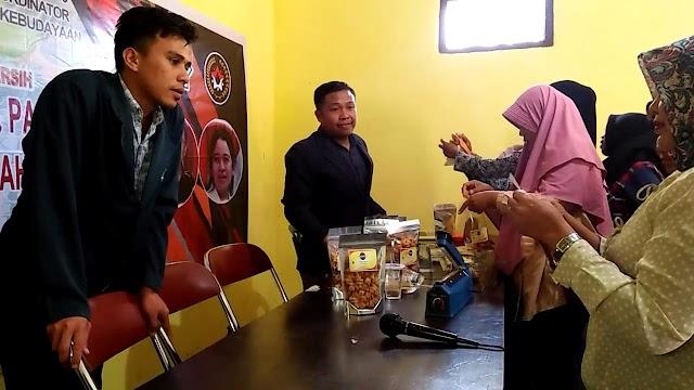 Revolusi Mental, KKP UIN Mataram Gelar Pelatihan Labeling dan Packaging Produk Industri Rumah Tangga di Desa Bakan