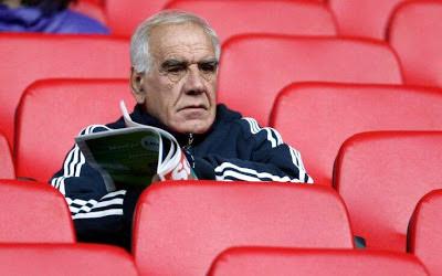 Στη θλίψη βυθίστηκε ο χώρος του ελληνικού ποδοσφαίρου: Έφυγε ξαφνικά από τη ζωή ο Νίκος Αλέφαντος