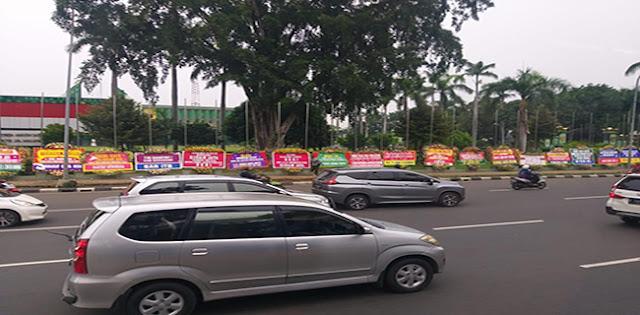 Karangan Bunga Banjiri Makodam Jaya Dukung Ketegasan Mayjen Dudung Ke FPI
