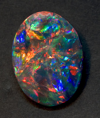 The Opal – One of the Most Imaginative Gemstones