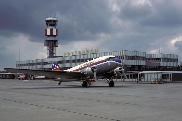 Tempo de avião do Brasil até Roterdã