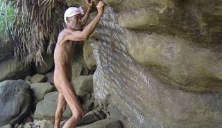 Ο γuμνός ερημίτης που έζησε 29 χρόνια μόνος σε ακατοίκητο νησί