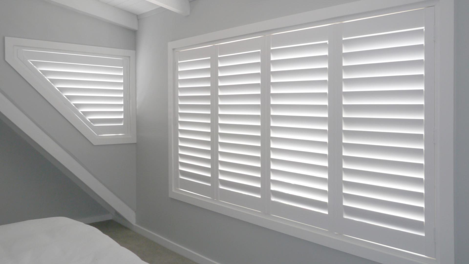 interior plantation shutter