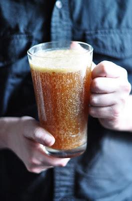 Soda-based Vegan Butter Beer - 13 Vegan Harry Potter Recipes RoundUp
