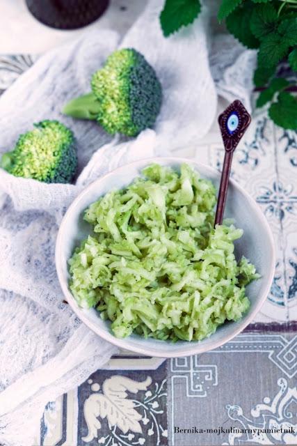 brokuly, surowka, salatka, obiad, warzywa, zerowaste, warsztaty, bernika, kulinarny pamietnik