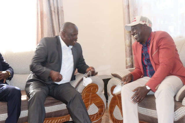 Deputy President William Ruto bags former Bomet governor Isaac Ruto