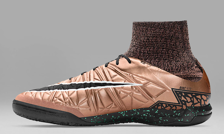 Drawing inspiration from the bronze Nike Hypervenom Phantom 2 Cleats       the  Nike Hypervenom X Proximo Indoor       Turf and Street Shoe combines the  shimmering